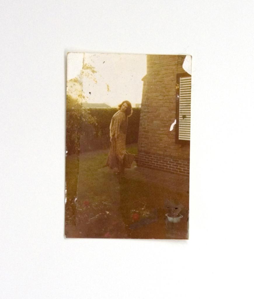 125b - Binnedphoto (2014) - 27.9cm x 23cm - monoprint with oils on old photo album page